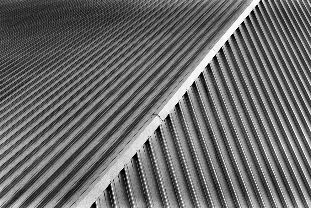 Abstract black and white photograph of the roof of the FLASH roof build for the world exibition in 2000.